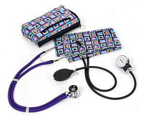 Aneroid Sphygmomanometer / Sprague-Rappaport Stethoscope Kit, Adult, Four Square Hearts, Print